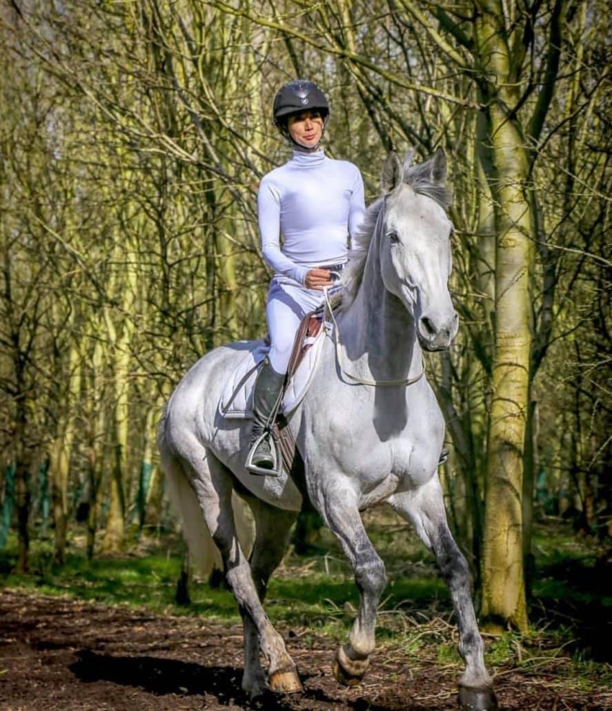 Celeb Horse Style - Leilani Dowding